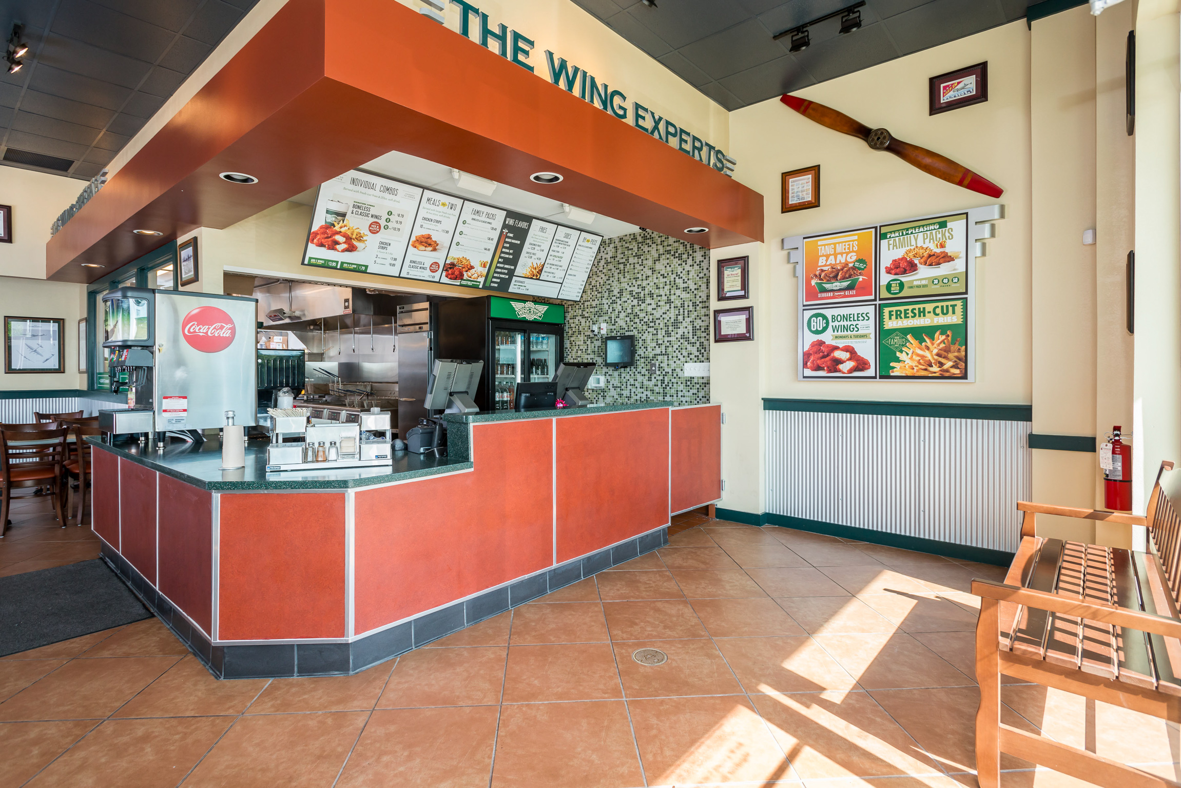 Excelsiordrive 16 12 Commercial Construction Of The Wingstop In Bowie Md Is Now Complete And Restaurant